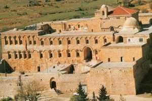 Deyrulzafaran Manastırı nerededir